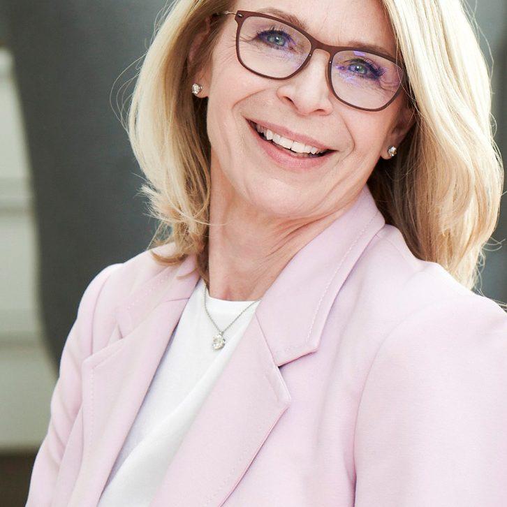 Claudia-Haase